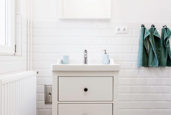 4 vinyl ideas for your bath room